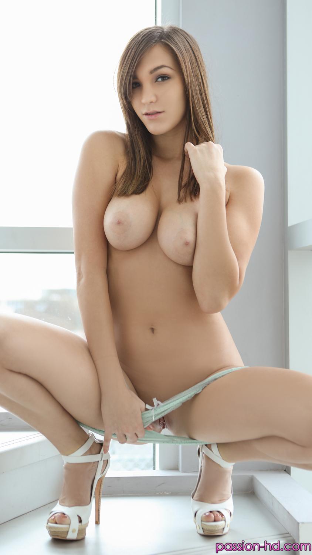 Skinny Petite Anal Creampie